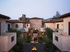 In many ways, Yountville's North Block Hotel is the anti-boutique hotel: There are few gimmicks at this Mediterranean-inspired stucco-and-stone stay. Instead, its draws are its laidback, sophisticated style, its top-tier service, and its proximity to the wining and dining of downtown Yountville. Hidden behind plantation-style shutters and breezy archways, the spare, smartly-done lobby sports no space for live musical performances or fierce face-offs at leather-upholstered pool tables, and…