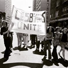 LESBIANS UNITE. First NYC Gay Pride Parade, Christopher Street. June 28, 1970