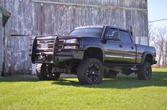 blacked out 2005 duramax - - Yahoo Image Search Results Lifted Chevy Trucks, Chevy Silverado, Truck Accessories, Diesel, Image Search, Monster Trucks, Car, Vehicles, Black