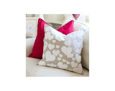 DIY Anthropologie Inspired Heart Collector Pillow plus much more Valentine's Day inspiration from On Sutton Place! Valentine Day Crafts, Valentine Decorations, Be My Valentine, Holiday Crafts, Holiday Fun, Holiday Decor, Sewing Pillows, Diy Pillows, Diy Y Manualidades
