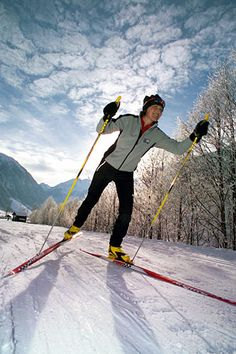 Cross-Country Ski <---- just ONE of the winter activities I'm going to try out this year in Ottawa & Québec