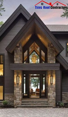Rustic contemporary lake house with privileged views of Lake Minnetonka, . - Rustic contemporary lake house with privileged views of Lake Minnetonka, # privileged # contempora - Style At Home, Modern Lake House, Modern House Exteriors, Modern Cottage, Design Exterior, Exterior Paint, Rustic Exterior, Exterior Siding, Home Siding
