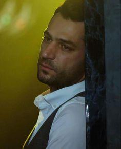 Murat Yildirim Fashion Face, Mens Fashion, Turkish Actors, Movie Stars, Actors & Actresses, Handsome, My Love, Celebrities, Turkish Delight