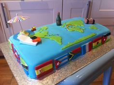 World Traveller Cake ~ World Map ~ Flags 30th Birthday Cake For Women, 4th Birthday Cakes, Sweet Cakes, Cute Cakes, Map Cake, Anna Cake, Bon Voyage Party, Travel Cake, Retirement Cakes