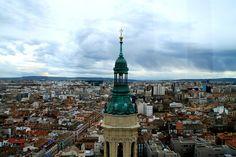 Bienvenido seas, lunes! Una gran foto de La Torre del Pilar hecha por SERGIO [@Sergio FGR]  #Zaragoza #ZGZ #torredelpilar