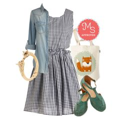 In this outfit: Sundae Kind of Love Dress, Whidbey Island Top in Daybreak, The Crowd Goes Wilderness Tote in Fox, Be the Forest to Know Bracelet, Cayenne Sandal in Jade #gingham #OOTD #picnic #casualchic #fox #chambray #cutout