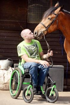 Marley and Me: Veteran Kirk Mount with therapy horse Marley