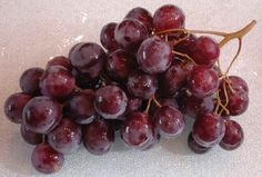 Grapes pulp can be used to tighten skin and to naturally bleach it.