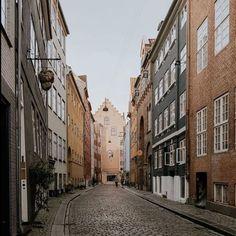 Already plotting my return to the beautiful streets of Copenhagen. I just love the cool & cosy vibes of Scandinavian cities! Copenhagen City, Copenhagen Design, Copenhagen Denmark, Tivoli Gardens, Visit Denmark, Chasing Lights, Beautiful Streets, Cosy, Scandinavian