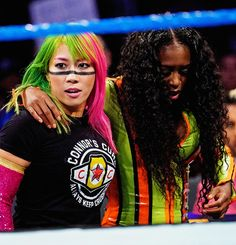 Asuka came to the aid of Naomi Wrestling Stars, Wrestling Divas, Women's Wrestling, Black Wrestlers, Wwe Female Wrestlers, Naomi Wwe, Wwe Raw Women, Trinity Fatu, Wwe Pictures
