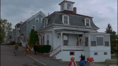 The 5 Coolest Houses From Ghost Movies | House Nerd