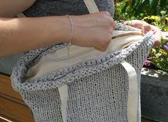 Stricktasche aus Bändchengarn XL mit Reißverschluss