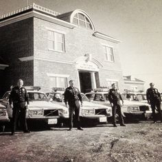 The Addison Police Department in 1983 when the PD was founded. Plus they had this sweet fleet of Volvo patrol cars Police Vehicles, Police Cars, Volvo Cars, Auto Service, Corridor, Ambulance, Back In The Day, Sweden, Tanks