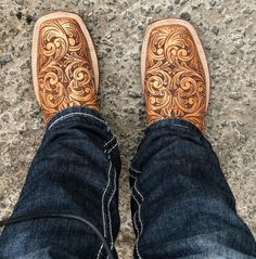 Western Shoes, Western Style, Country Style, Cowgirl Chic, Cowgirl Boots, Cute Shoes, Me Too Shoes, Spur Straps, Custom Boots