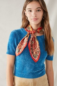 Shop Vintage Silky Printed Square Scarf at Urban Outfitters today. We carry all the latest styles, colors and brands for you to choose from right here. Ways To Wear A Scarf, How To Wear Scarves, Silk Neck Scarf, Silk Scarves, Music Festival Fashion, Fashion Music, Festival Style, Scarf Knots, Kendall Jenner Style
