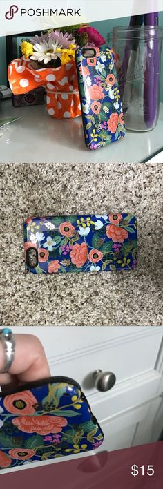 Sonix iphone 6 case best case ever. I dropped my phone a million times and it never cracked. few paint chips fell off on the bottom (damage pictured) sonix Accessories Phone Cases