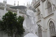 Our Lady of Dolours Church, Trichur Basilia and Santa Cruz Basilica, Kochi are two churches worth a look!   #India #OurLadyofDoloursChurch #TrichurBasilia #SantaCruzBasilica #Kochi #JesusChrist #Altar #travel #trip #tour #yolo #usa #UCLA