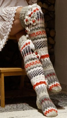 Fair Isle Knitting, Knitting Socks, Hand Knitting, Knitting Patterns, Crochet Socks Pattern, Crochet Slippers, Knit Or Crochet, Stocking Tights, Wool Socks