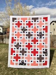 Head to our site for much more with regard to this wonderful photo Twin Quilt Pattern, Quilt Patterns, Nancy Zieman, Scrappy Quilts, Baby Quilts, Tim Holtz, Quilting Projects, Sewing Projects, History Of Quilting
