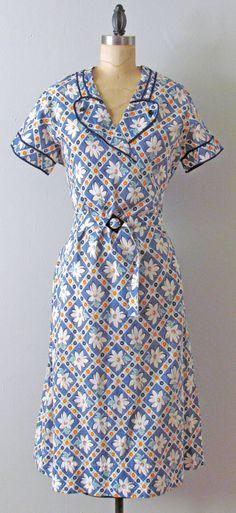 Depression novelty print cotton day house dress.