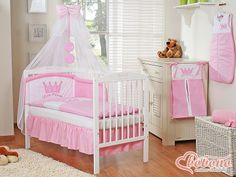 Pink bedding set for a princess and white cot / Bobono