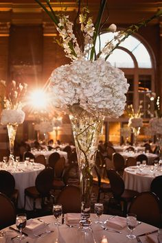 Union Station | Elegant and timeless wedding | Union Station | Dallas | Photography: Shaun Menary |GRO Floral and Event Design | Last Stop: Michelle and Weldon