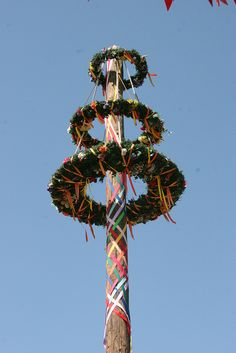 I wanna dance around the Maypole with my dance sisters...