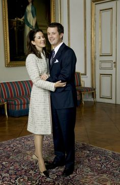 Engagement photos: Crown Prince Frederik and Crown Princess Mary