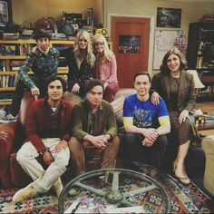 The Big Bang Theory Leonard Hofstadter Sheldon Cooper Penny Howard Wolowitz Rajesh « Raj Big Bang Theory Show, The Big Theory, Melissa Rauch, The Big Bang Therory, Leonard Hofstadter, Amy Farrah Fowler, Mayim Bialik, Jim Parsons, Grumpy Cat Humor