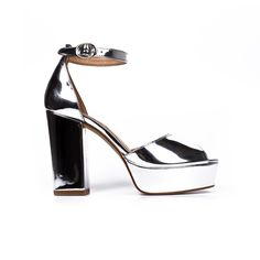 Disama silver   Lintervalle Montreal, Fashion Shoes, Footwear, Holidays, Sandals, Heels, Winter, Fun, How To Wear