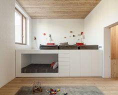 Personaliza tu espacio con una litera de madera a medida|Espacios en madera