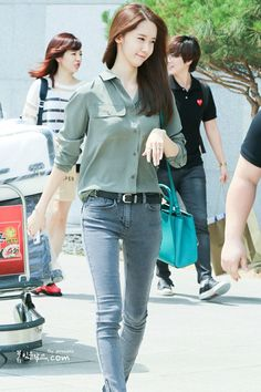 GIRLS GENERATION, the best source for photography, media, news and all things related to the girl group Girls' Generation. Snsd Fashion, Korean Girl Fashion, Korean Street Fashion, Cute Fashion, Trendy Fashion, Asian Fashion, Fashion Outfits, Fashion Trends, Korean Casual Outfits