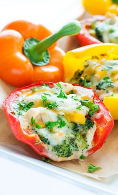 These Cheesy Chicken and Broccoli Stuffed Peppers take comfort food to the next level. Healthier than their casserole counterpart and so stinkin' tasty! Comfort Foods, Good Food, Yummy Food, Cooking Recipes, Healthy Recipes, Cheesy Chicken, Chicken Broccoli, Chicken Recipes, Ham Recipes