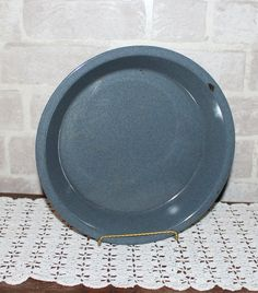 Hey, I found this really awesome Etsy listing at https://www.etsy.com/listing/473537189/enamelware-pie-plate-10-inch-farmhouse