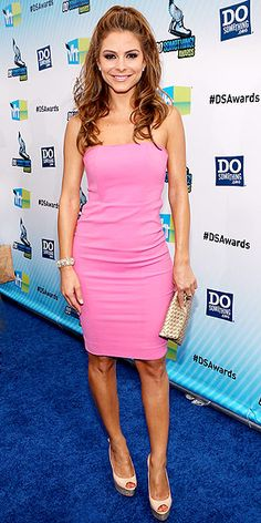 Not only is the TV host Maria Menounos' pink Gomez-Gracia dress smokin' from the front, but the back also features a supersexy cutout. She finished the look with a Cornelia Guest clutch and flirty half-up do at the Do Something Awards 2012.