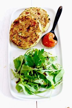 A healthy lunch: quinoa cakes and vegetables