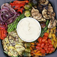 https://www.instagram.com/p/BOA0oGmBvlO/ You can never go wrong with a side of @wholefoods roasted vegetable platter and homemade hummus, because hummus just makes everything better, right? One of my favorite sides to add to any meal. I just picked some up from @wfmbrooklyn...It's easily one of my favorite stores to get lost in! All the veggies! #MyHolidayTradish #sponsored
