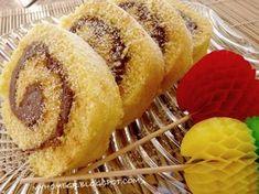 My home ...: Κορμός βανίλιας με μερέντα : Το καλύτερο γλυκό για πάρτυ και κεράσματα !! Baby Party, Hot Dog Buns, Cake Pops, Sweet Recipes, Caramel, Muffin, Food And Drink, Sweets, Bread