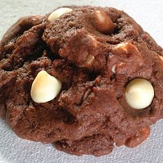Toll House(R) White Chip Chocolate Cookies Recipe: Going to use peppermint chips for Christmas/Thanksgiving!
