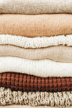 Ad: Woolen sweaters pattern by Floral Deco on Closeup of warm winter sweaters and pullovers. This purchase includes one high resolution sRGB JPEG Classic Fashion Looks, Fashion Photo, Fashion Beauty, Fabric Photography, Beauty Photography, Woolen Clothes, Pullover, Brown Sweater, Neutral