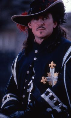 Gabriel Byrne as D'Artagnan - The Man in the Iron Mask 1998 Gabriel Byrne, Character Bank, The Three Musketeers, New Clip, Hubba Hubba, Hollywood Actor, Period Dramas, Man Candy, Famous Faces