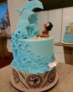 Festa Moana: Over 40 Images of the Invitation Crazy Cakes, Fancy Cakes, Cute Cakes, Beautiful Cakes, Amazing Cakes, Fondant Cakes, Cupcake Cakes, Bolo Laura, Disney Cakes
