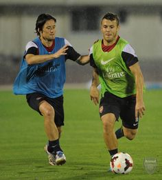 https://flic.kr/p/ffJTBF   Jack and Tomas   SAITAMA, JAPAN - JULY 24: Jack Wilshere takes on Tomas Rosicky of Arsenal FC during a training session, Urawa Komaba Stadium, in Japan for the club's pre-season Asian tour on July 24, 2013 in Saitama, Japan.  (Photo by David Price/Arsenal FC via Getty Images) *** Local Caption *** Tomas Rosicky; Jack Wilshere
