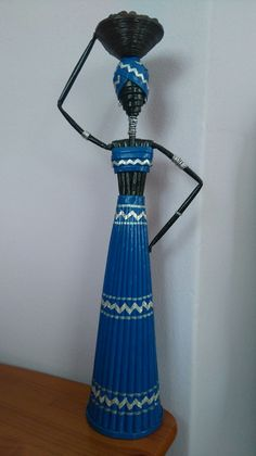 Recycled Paper Crafts, Jute Crafts, Newspaper Crafts, Craft From Waste Material, African Dolls, African Crafts, Creative Arts And Crafts, Paper Weaving, Bottle Art