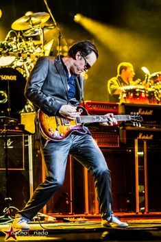 Joe Bonamassa on Tour Saw him live in 2014. Incredible guitarist, not just a great blues guitarist.