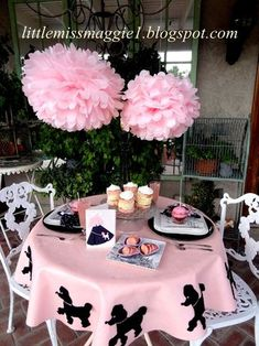 LittleMissMaggie: Poodle Party