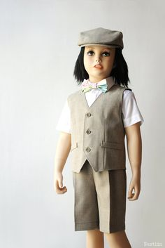 This retro style boys clothing set consists of newsboy cap, vest and shorts in olive green, very dressy and ideal for weddings, family photos and many