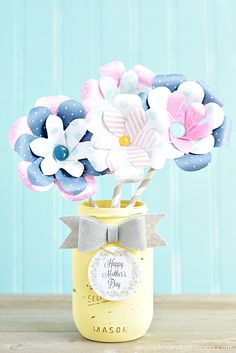 Paper Flower Mason Jar Vases perfect for a Mother's Day centerpiece.