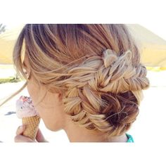 Fun hairstyle to wear all season long