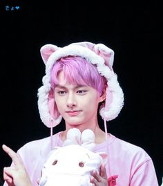 Seventeen 170721 Osaka fansign - Junnieeee he looks so cute omg Wonwoo, Jeonghan, Seungkwan, Hoshi, Vernon, Shenzhen, Seventeen Junhui, Hip Hop, Choi Hansol